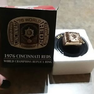 Other - 1976 Cincinnati Reds replica ring